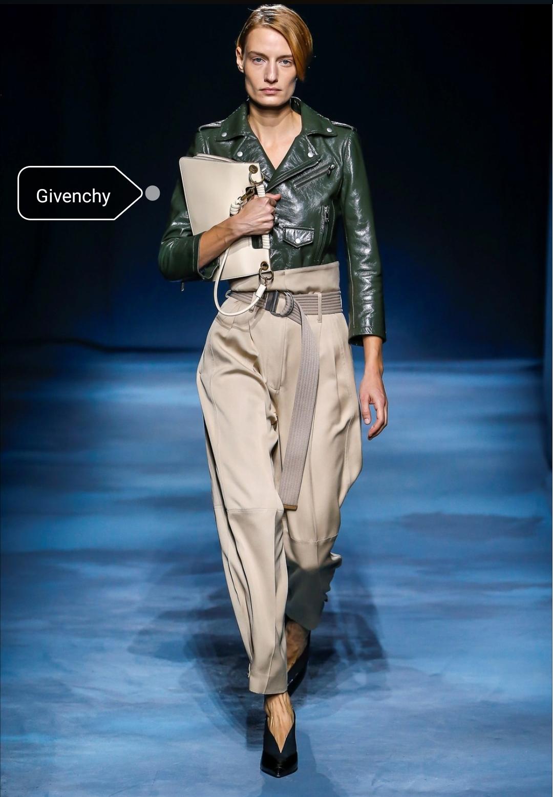 59bf4d460337 Balenciaga Tendenze moda primavera estate 2019 ...
